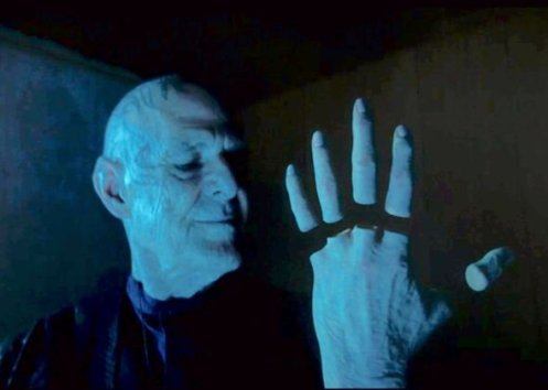 Doctor-Who-spoilers-Fans-horrified-over-creepy-detachable-fingers-2305701
